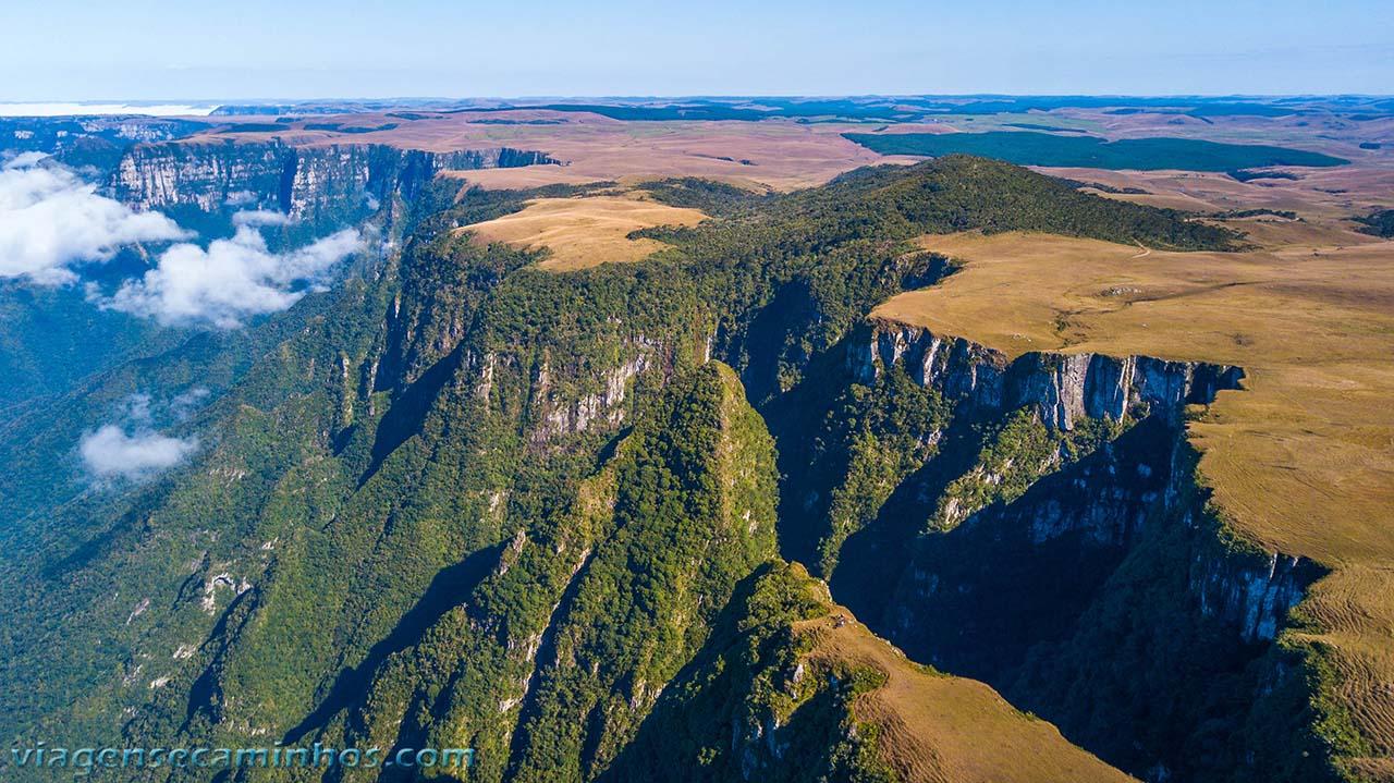 Vista aérea do Cânion Monte Negro