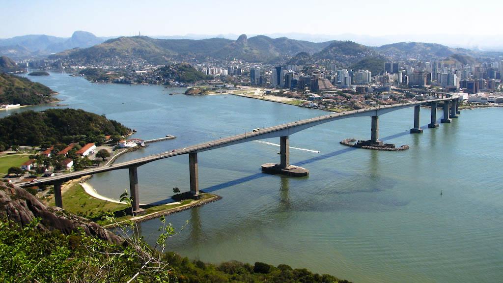 Terceira Ponte vista do Morro do Moreno