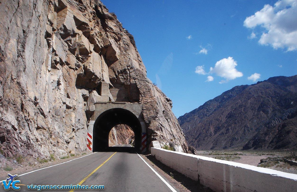 Túneis da Ruta 7 - Cordilheira dos Andes - Argentina