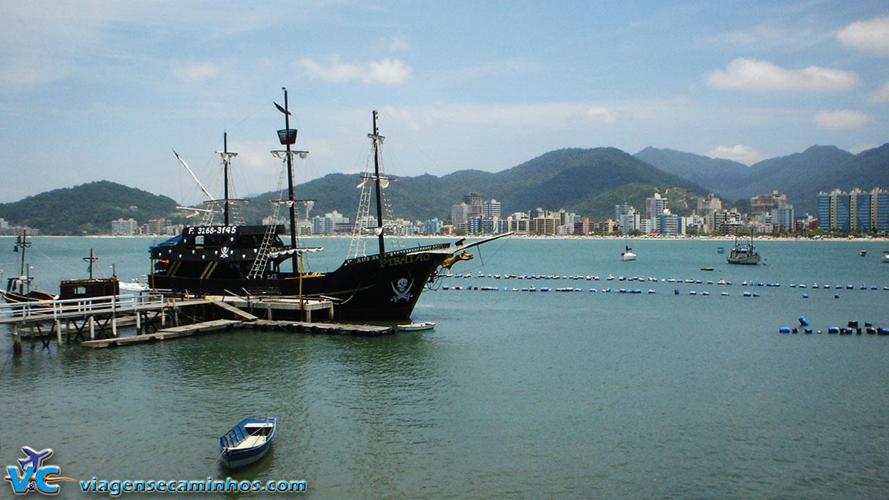 Passeio de barco Itapema