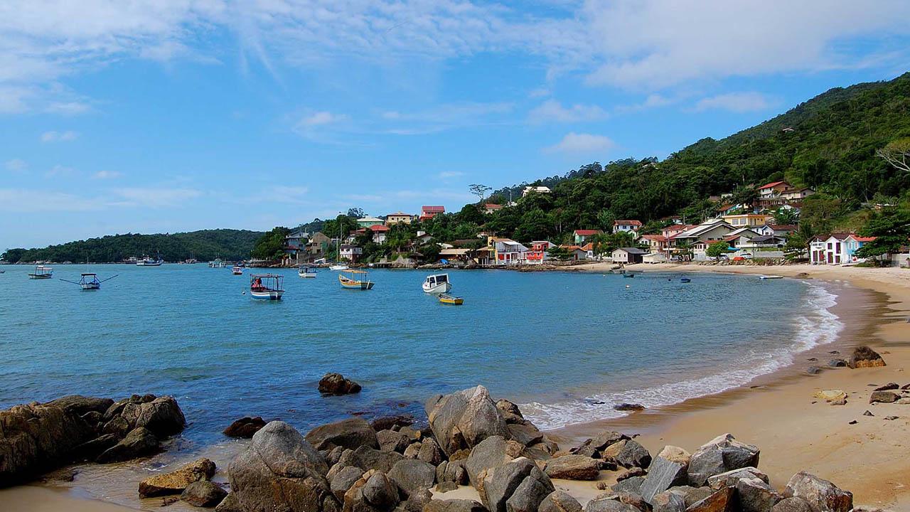 Praia do Araçá - Porto Belo