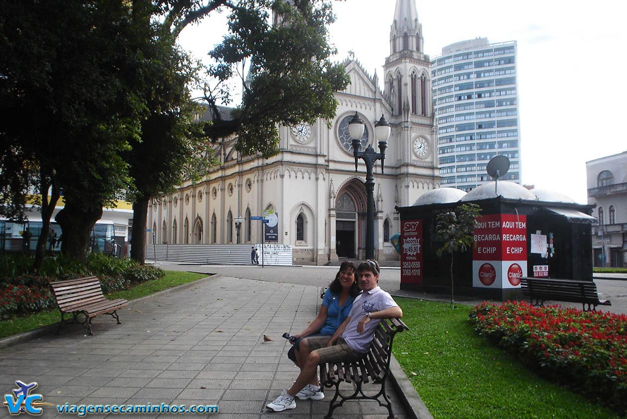 Praça Tiradentes e Catedral de Curitiba