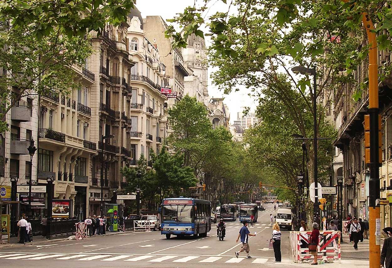 Avenida de Mayo - Buenos Aires