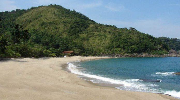 Praia de Indaiaúba - Ilhabela