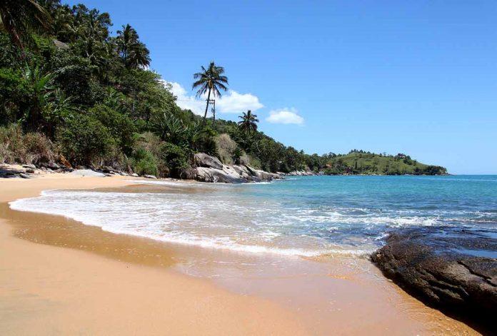Praia do Oscar - Ilhabela