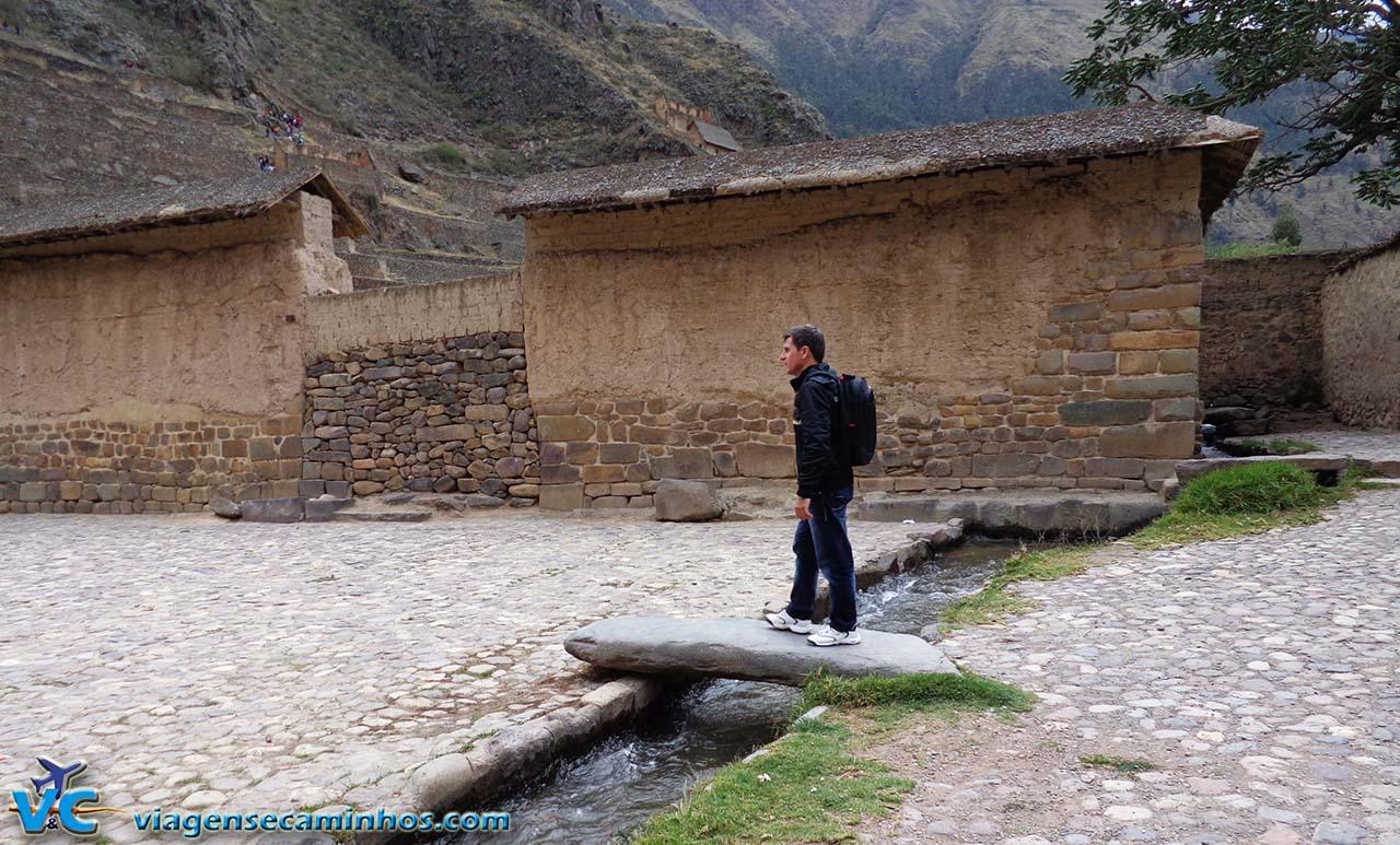 Água canalizada em Ollantaytambo