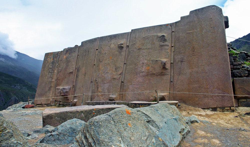 Pedras gigantescas nas Ruínas de Ollamtaytambo