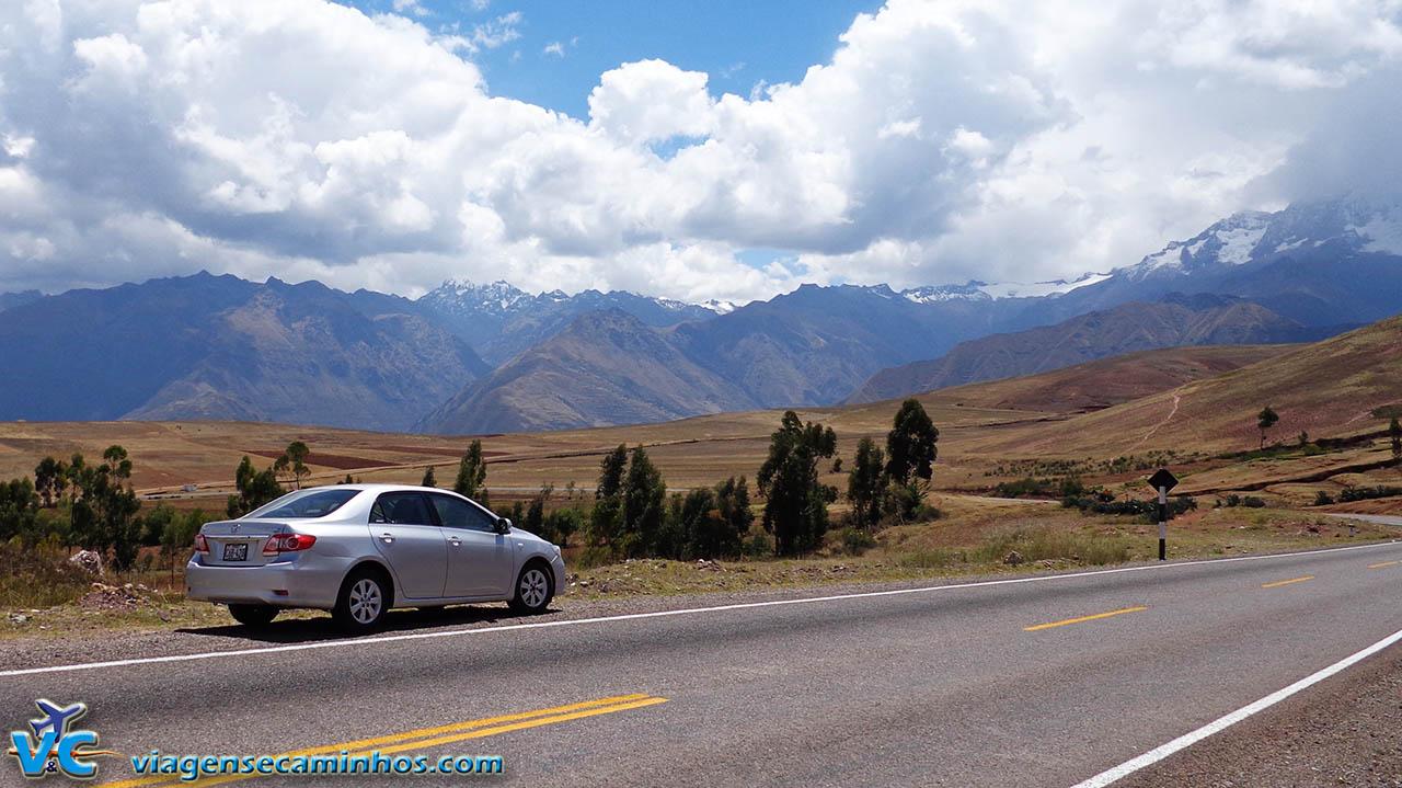 Estrada de acesso a Chinchero - Peru