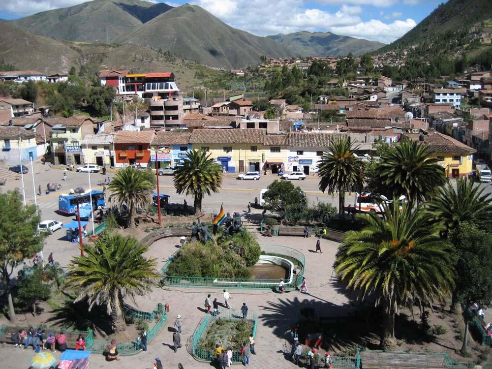 Praça de Urcos - Peru