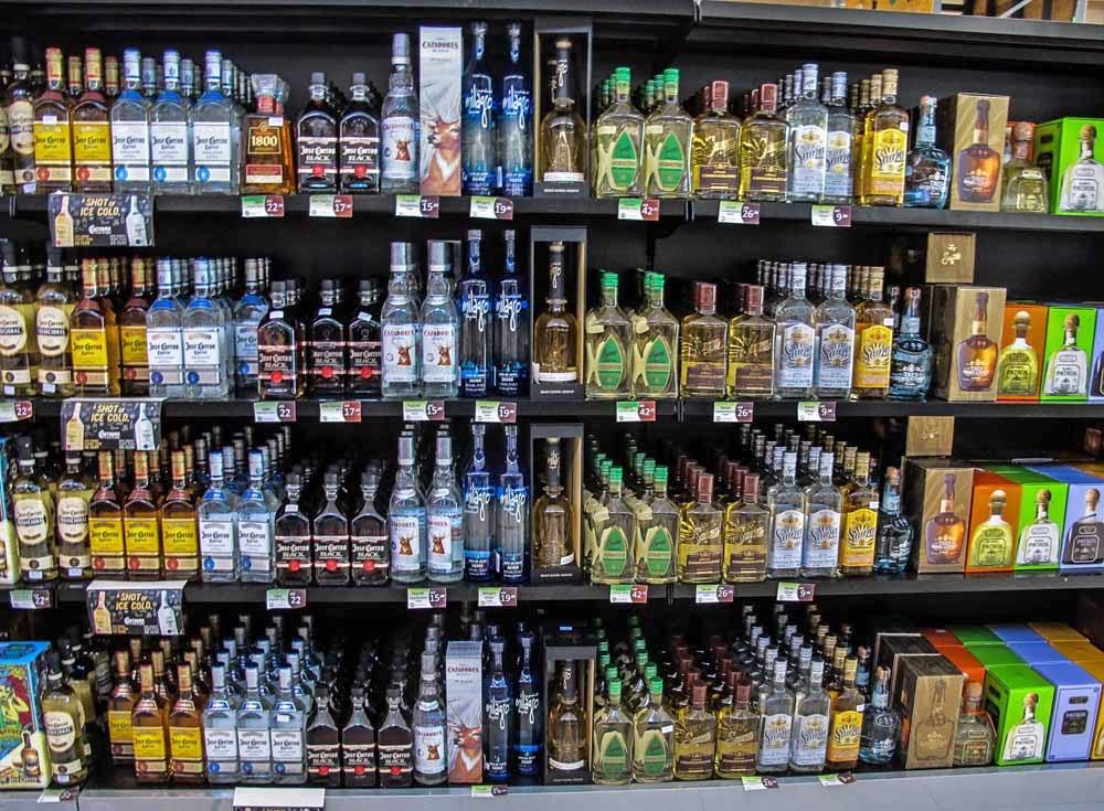 Comércio de bebidas em Rivera