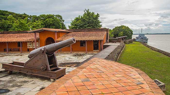 Forte do Presépio - Belém