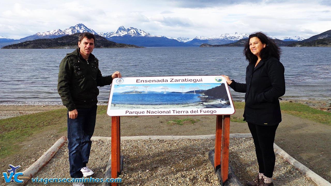 Ensenada - Parque Nacional Tierra Del Fuego (montanhas chilenas ao fundo)