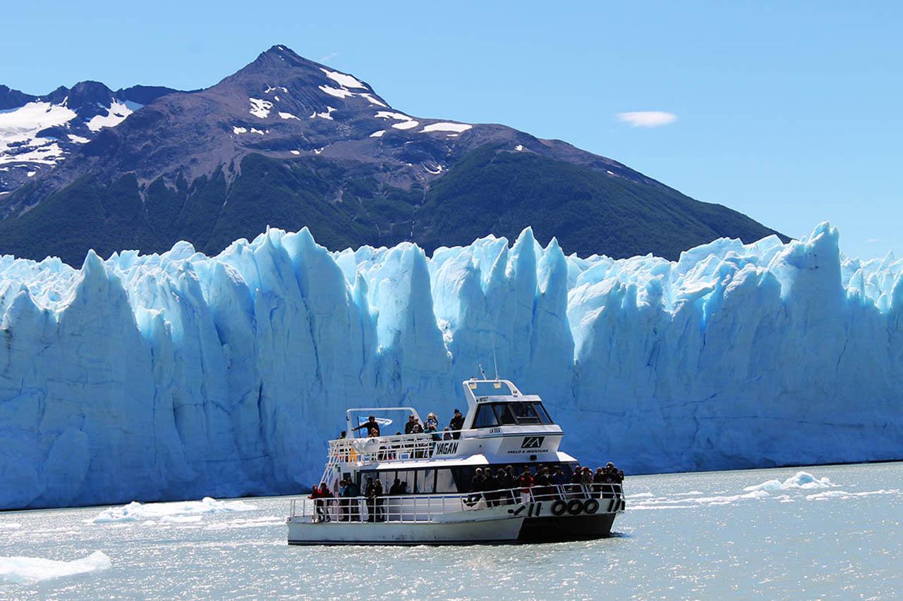 Safári Náutico em frente ao Glaciar Perito Moreno