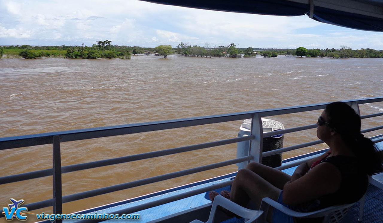 Manaus a Santarém de barco - Rio Amazonas