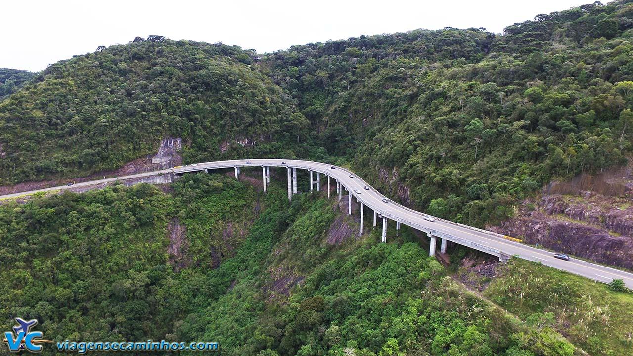 Viaduto da Serra do Pinto - imagem drone Viagens e Caminhos