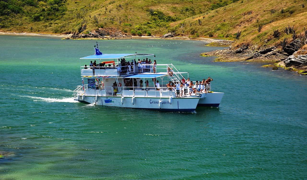 Passeio de barco Cabo Frio