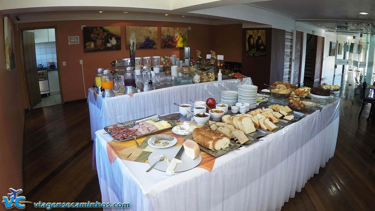 Buffet de café da manhã do Hotel Balneário