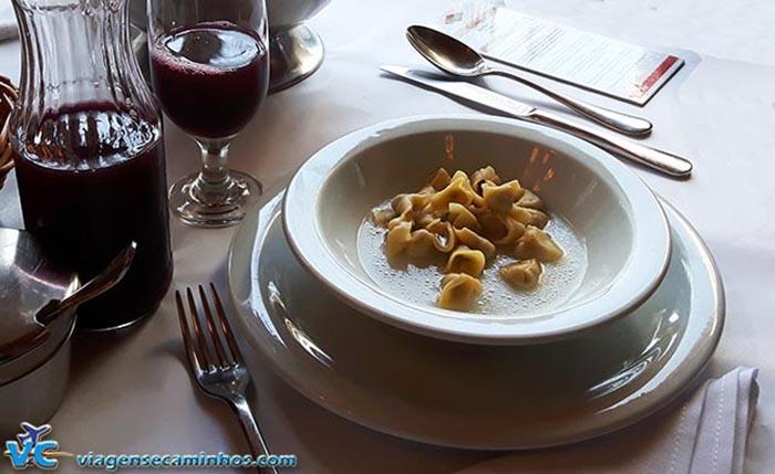 Sopa de Capeletti do DiPaolo