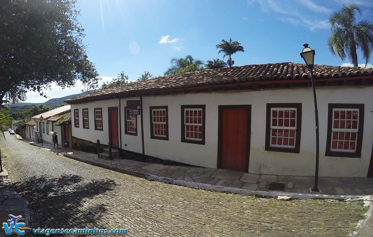 Rua do centro histórico de Pirenópolis