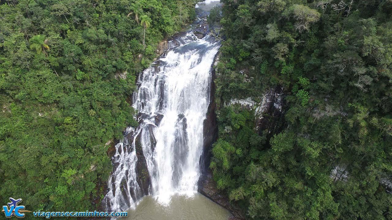 Cachoeira da Usina (imagem aérea drone Viagens e Caminhos)
