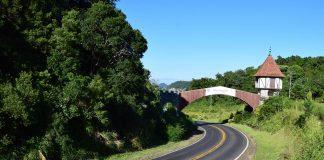 Portal de Nova Petrópolis - estrada entre Caxias do Sul e Gramado