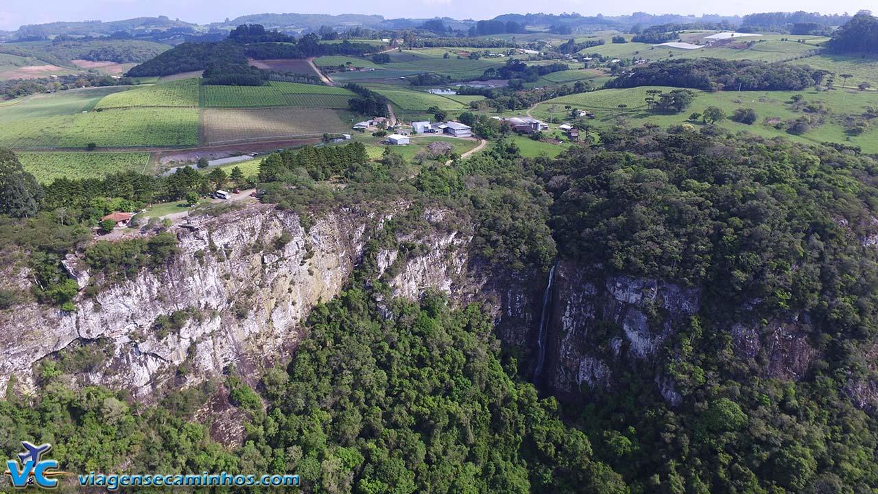 Mirante do Gelain e Cascata Bordin - Flores da Cunha