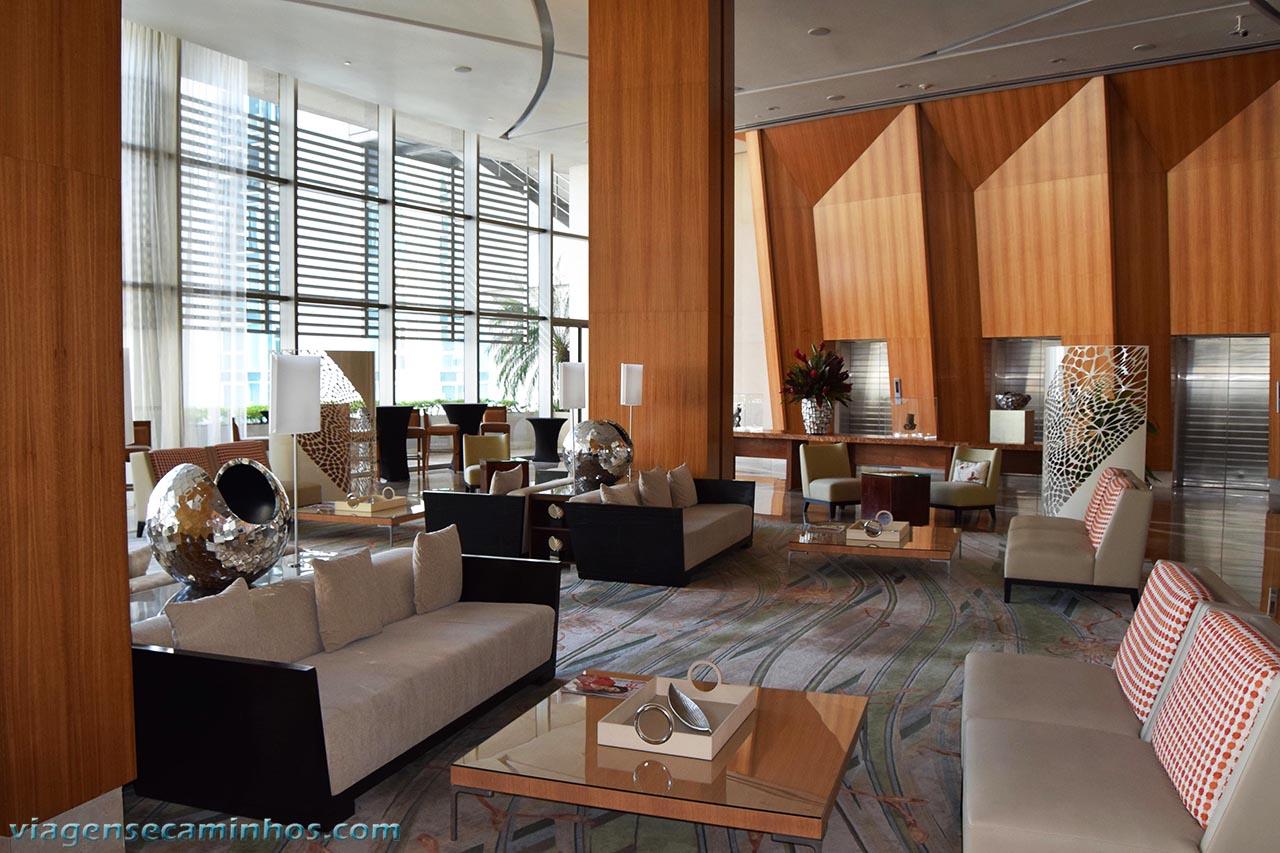 lobby do hotel Bahia Grand Panama