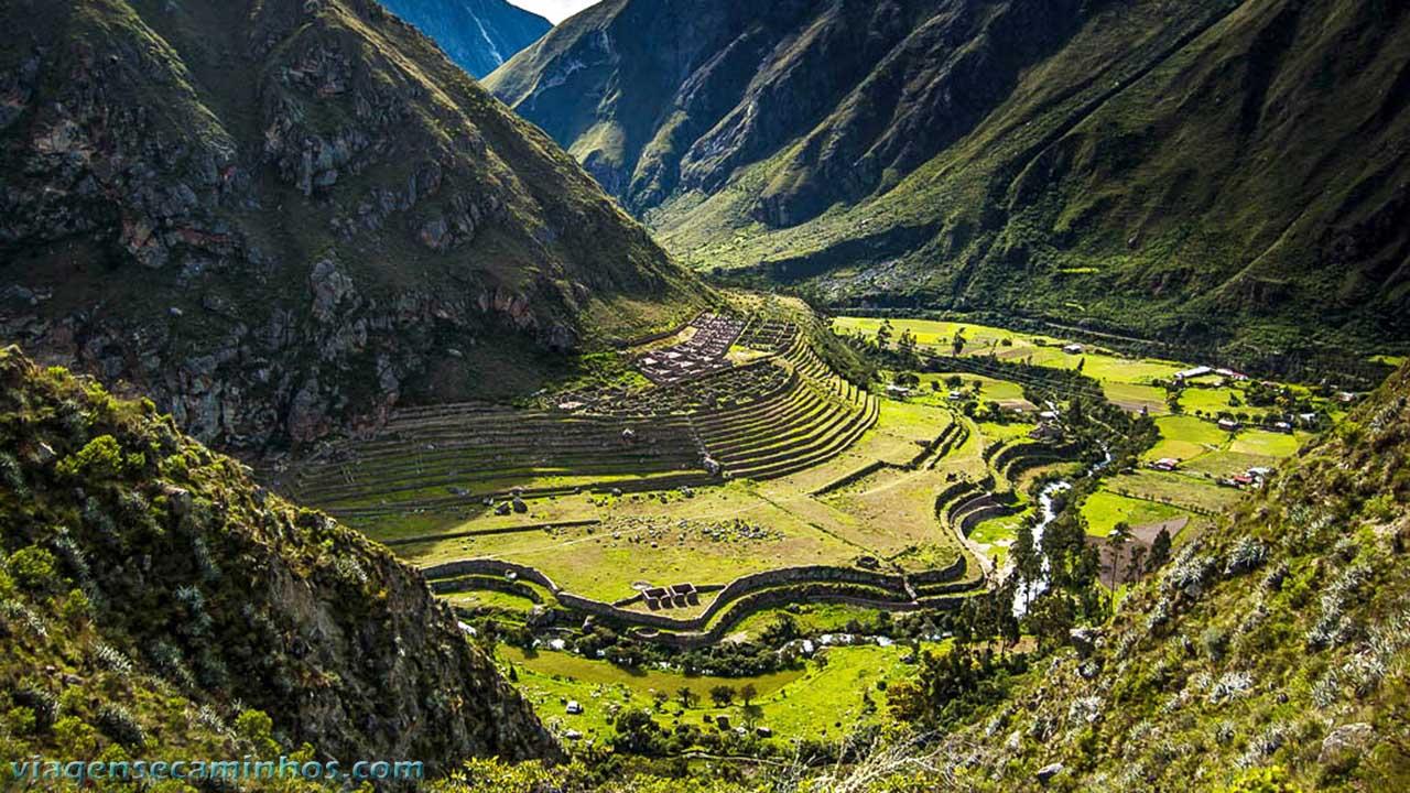 Centro Arqueológico Llactapata - Trilha Inca