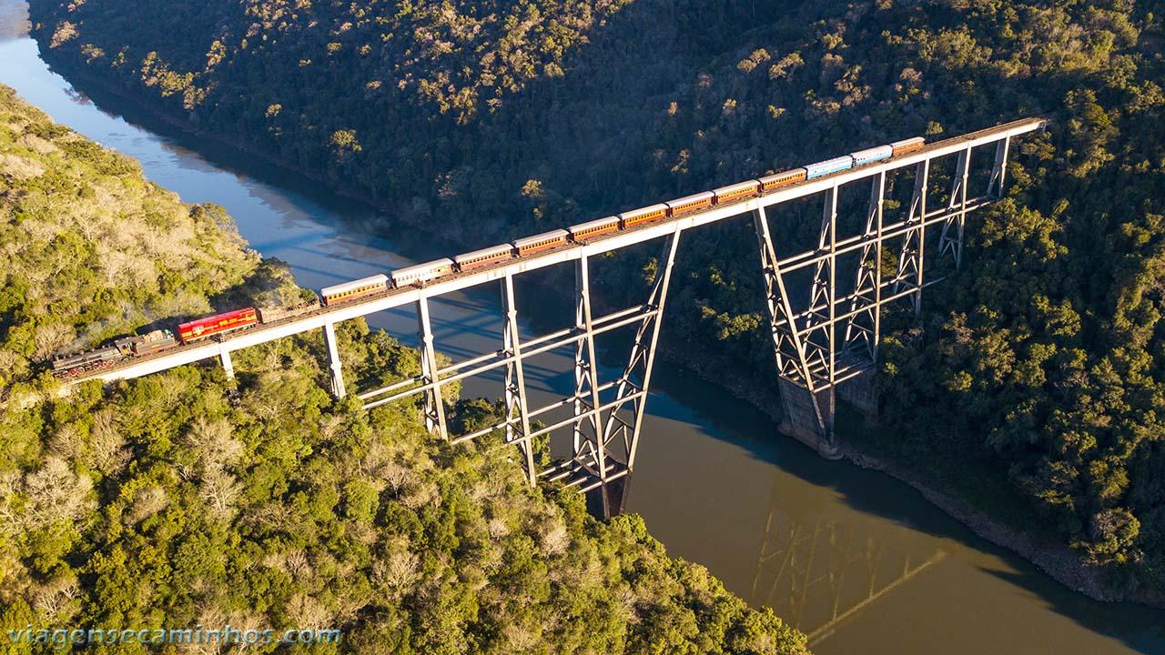 Ponte ferroviária Rio Pelotas