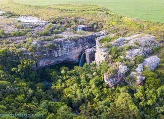 Vista aérea do Cânion e cachoeira São Jorge