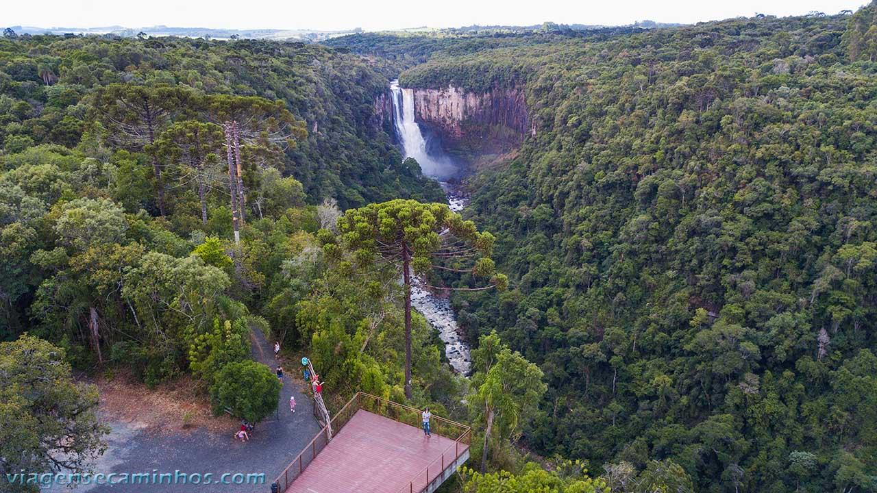 Vista aérea do mirante do Salto São João