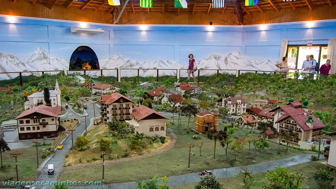 Mini cidade de Treze Tílias