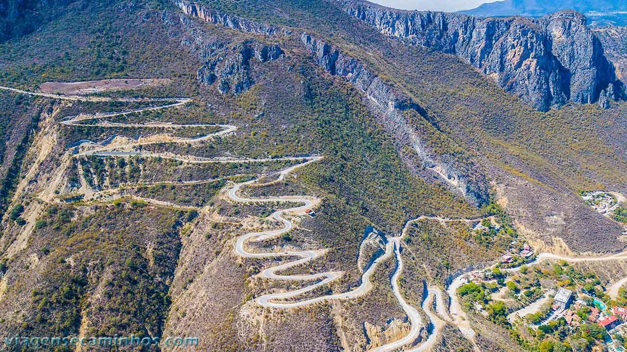Estrada de Tolantongo - México