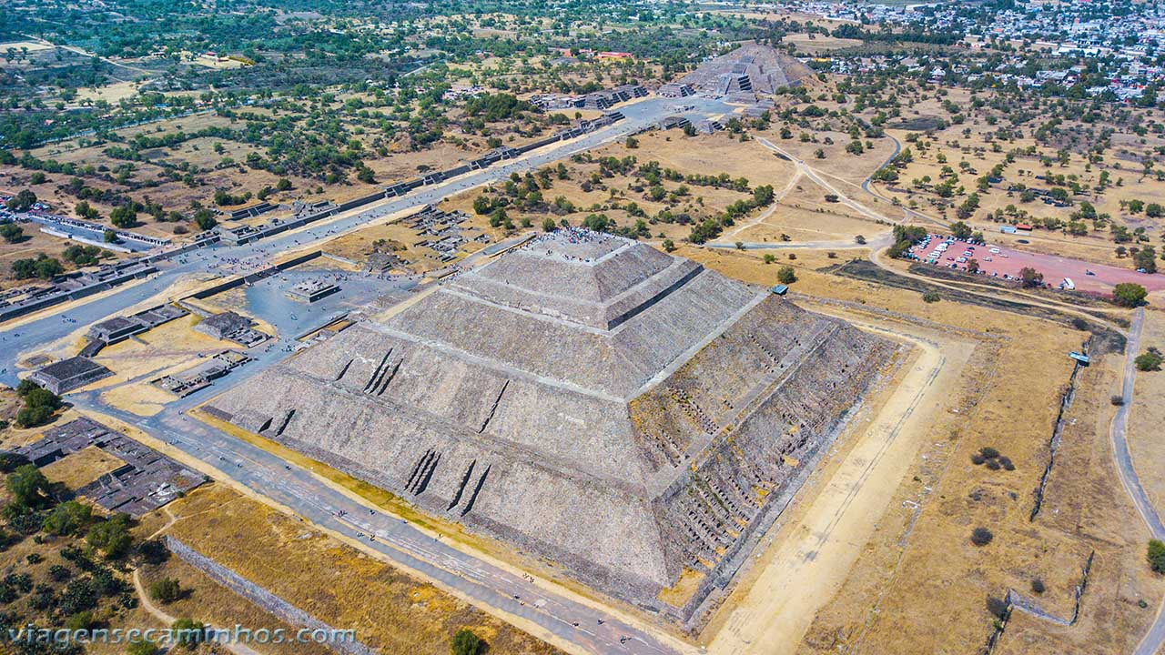 Vista aérea da Pirâmide do Sol - Teutihuacan