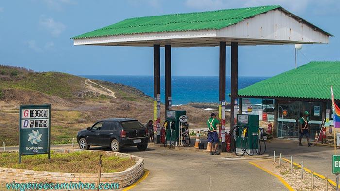 Posto de gasolina em Noronha