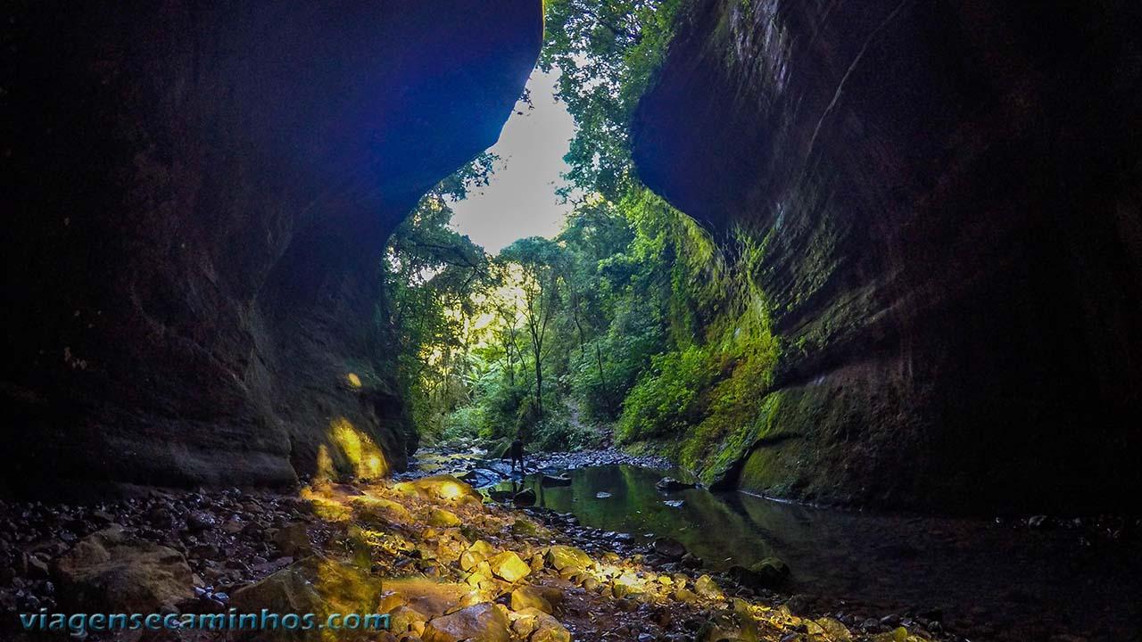 Gruta da Cascata das Andorinhas - Rolante - RS