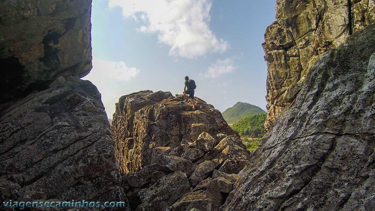 Pedras da Trilha do Piquinho - Noronha